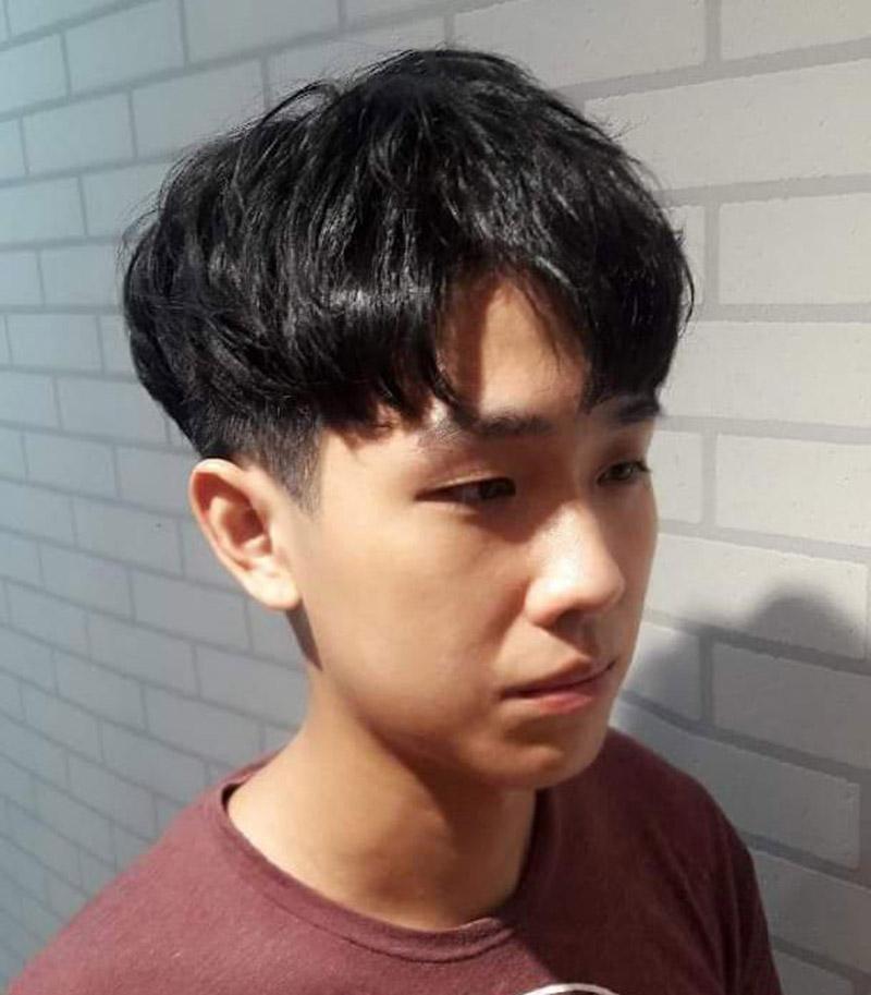 Kiểu tóc Comma Hair